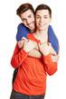 Schwules glückliches Paar umarmt sich