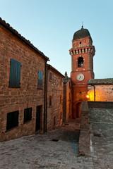 Frontone, la Torre Civica al crepuscolo