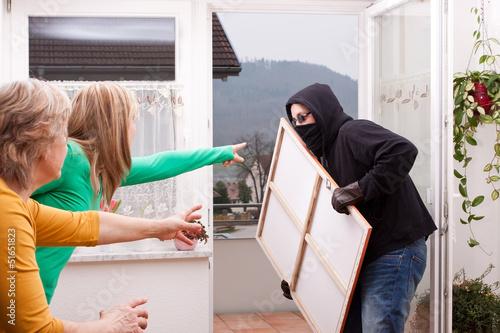 einbrecher wird gestellt