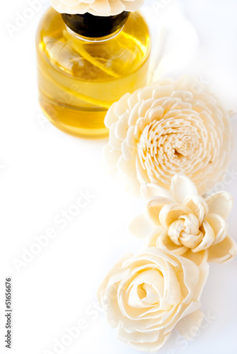 Essential Oil with Handmade Flower Reed Diffuser