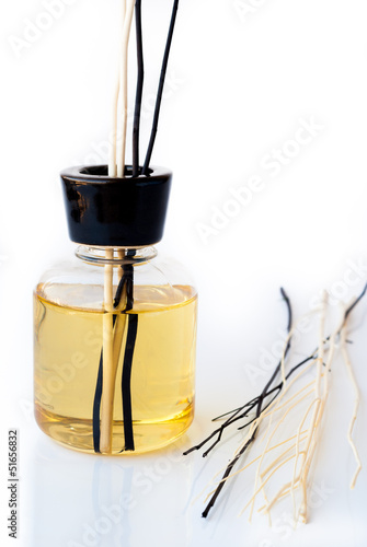 Essential Oil with Black and White Reed Diffuser