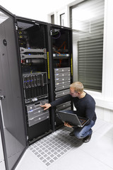 IT Consultant Maintains Backup in Datacenter