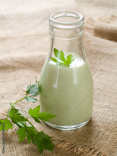 Greeen dressing