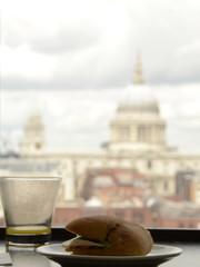 Un pranzo londinese