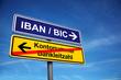 Schild mit IBAN BIC
