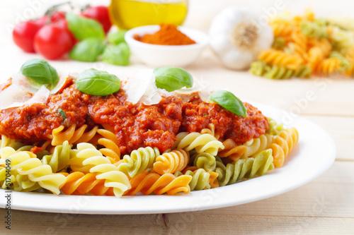 In de dag Buffet, Bar Fusilli Tricolore Bolognese