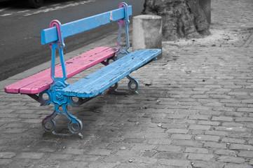 banc rose et bleu