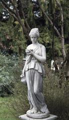 Römerin im Garten