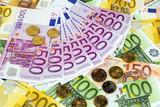Fototapeta Zapisać - Finanse - Pieniądze / Banknoty / Karta Kredytowa