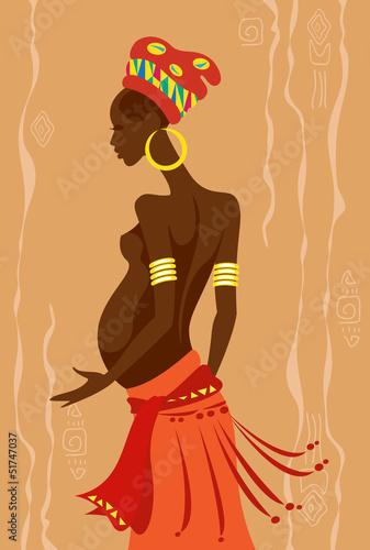 Młoda piękna kobieta w ciąży african