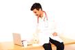 junger türkischer Arzt