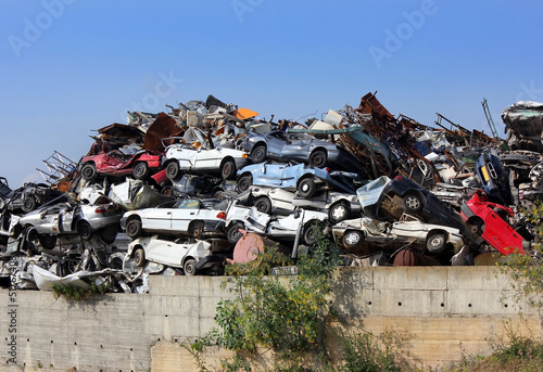 dump of wrecked cars