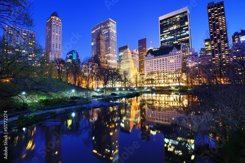 Deurstickers Foto van de dag Central Park at Night in New York City