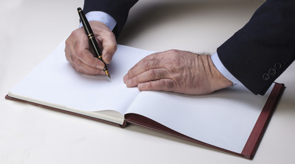man hand with pen