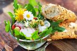 Knackiger Frühlingssalat