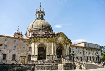 Vista del Santuario de Loyola (Gipuzkoa, España)