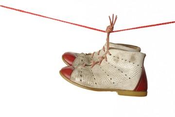 Schuhe auf der Leine