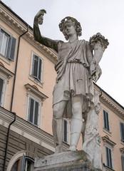 Roma, piazza del Popolo, statua dell'Autunno