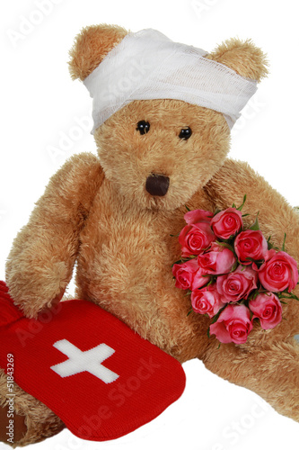 kranker Teddybär - teddybear with roses and hot bottle
