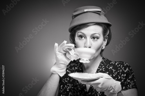 Poster Retro Woman Drinking Her Tea