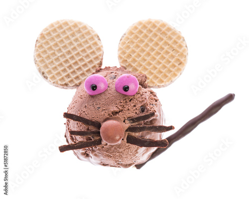 the funny ice cream mouse