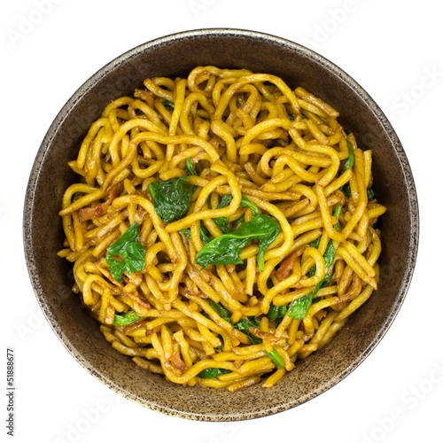 Stir-fried noodle with bacon and spinach