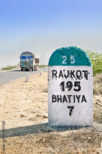 195 kilimeters to Rajkot Milestone