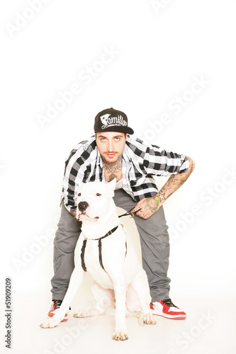 Poster tätowierter Mann mit Hund