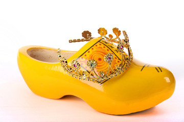 Dutch clog with a crown