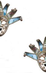 maschere veneziane su sfondo bianco