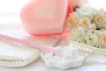 Baking soda and sponge for cleaning tools image