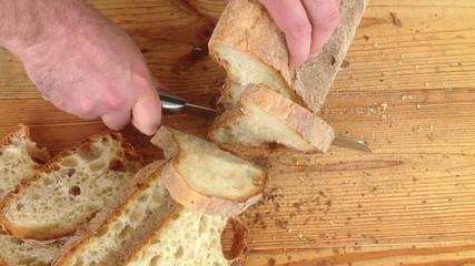 Affettare il pane