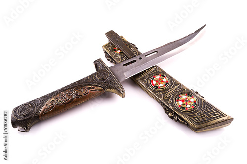 medieval dagger with a  thin blade cross section