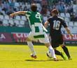 canvas print picture - Jugadores de fútbol  jugando el balón