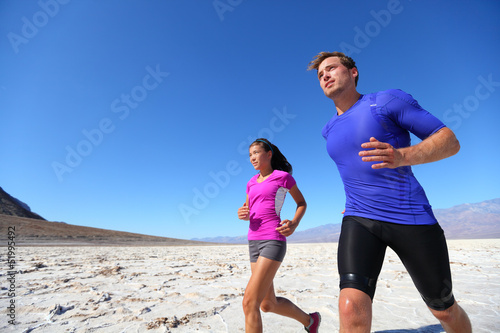 Running fitness sport runners in extreme run