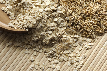 Oat flakes and seeds