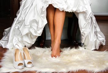 feet of the bride