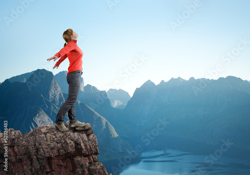 canvas print picture woman hiking