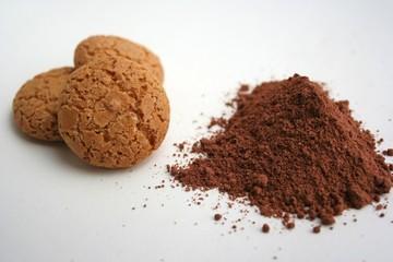 Cacao e amaretti - ingredienti per ricetta dolce