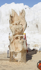 Chainsaw Woodcarving in Process
