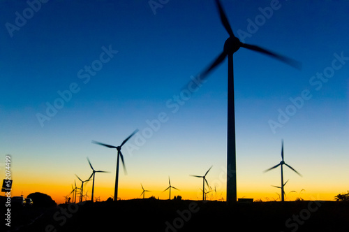 Leinwanddruck Bild Windkraft