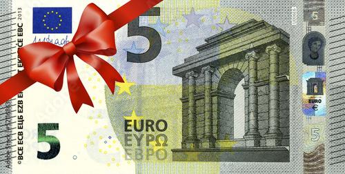 Leinwanddruck Bild neuer 5 Euroschein mit rotem Band und Schleife