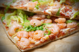 Pizza con gamberetti - Shrimp pizza