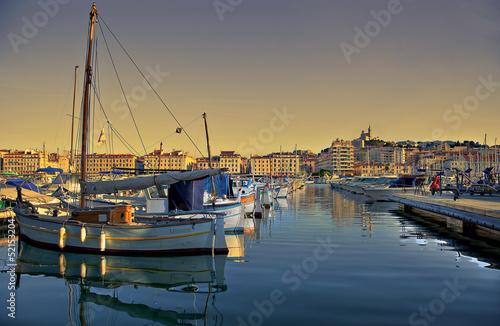 vieux port de marseille - 52153204