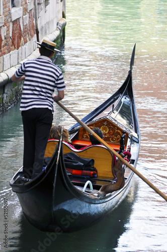 In de dag Gondolas Gondola in Venice