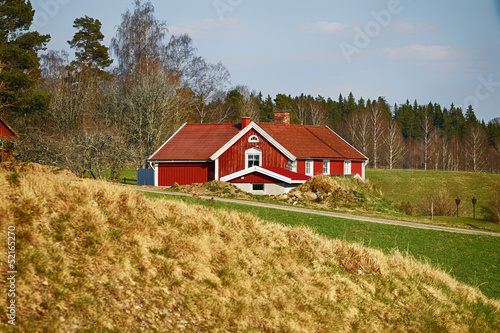 old red farm houses in sweden