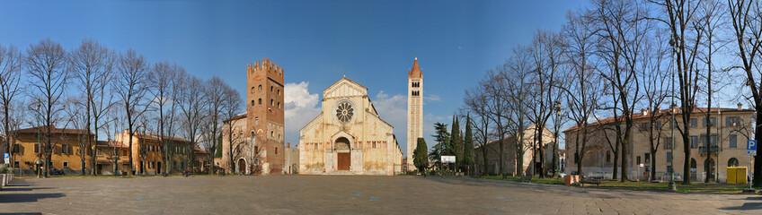 Verona, San Zeno, piazza a 360 gradi