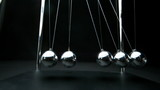 Perpetual motion of newtons cradle