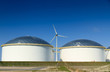 Oil storage and windturbine