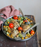 Baked chicken drumsticks with chickpea